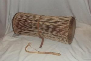 phoca_thumb_l_talking drum